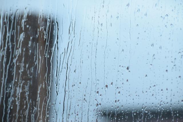 雨の日がしんどい…その原因は?