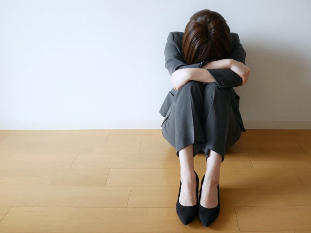 うつ病にカウンセリングは効果ある?